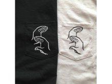 他の写真2: SIXCITY HANDSIGN POCKET-ポケットTシャツ(WHITE)